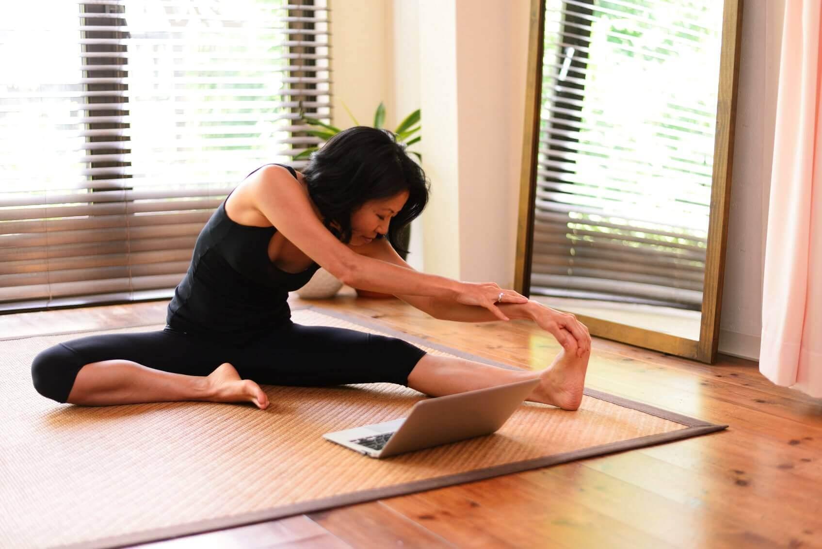 online-yoga-5-min